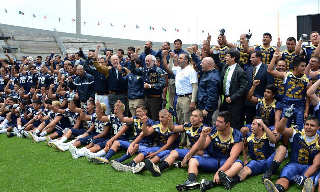 Las escuadras de Liga Mayor de la ONEFA se enfrentan en el Olímpico Universitario para conmemorar 90 años de futbol americano en la UNAM.