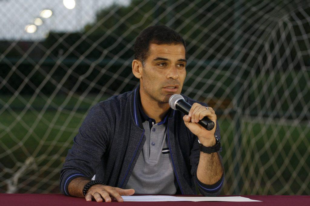 Un juez octavo de distrito ordenó la suspensión del bloqueo de las cuentas bancarias de las dos empresas de Rafael Márquez, con lo que el futbolista puede acceder a los recursos financieros.
