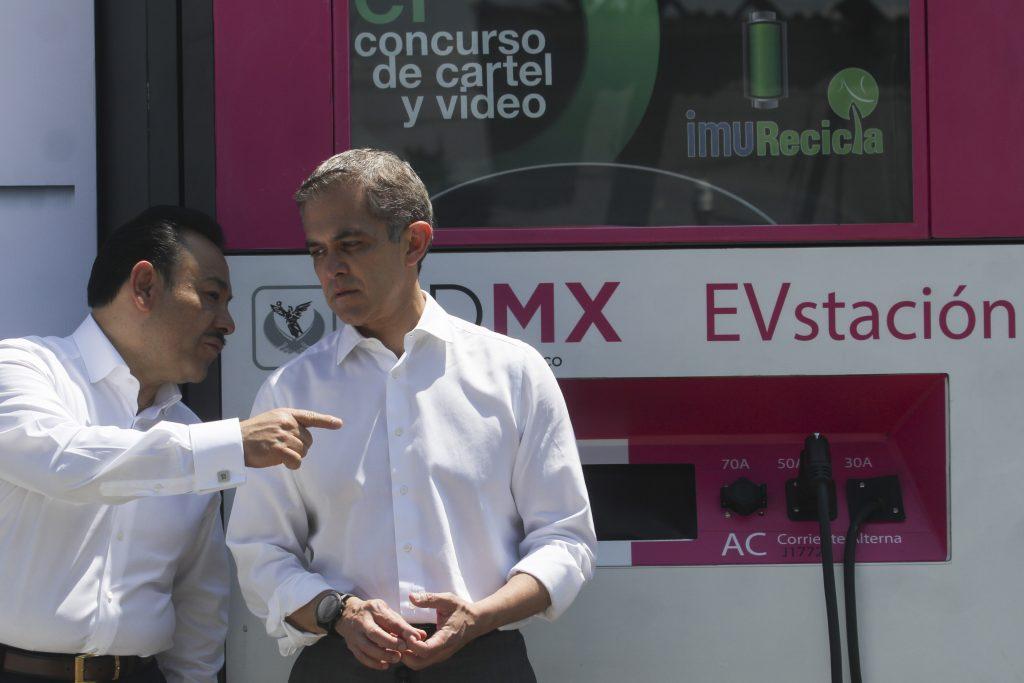 Héctor Serrano y Miguel Ángel Mancera. CUARTOSCURO.