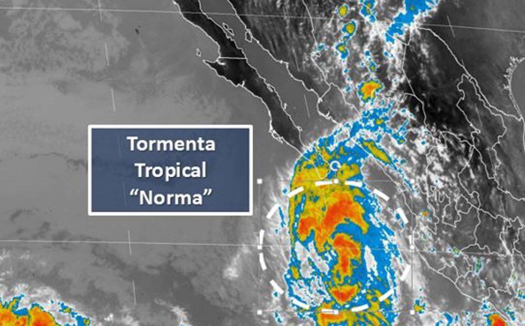 El Servicio Meteorológico Nacional informó que el huracán Norma se degrado a tormenta tropical este sábado