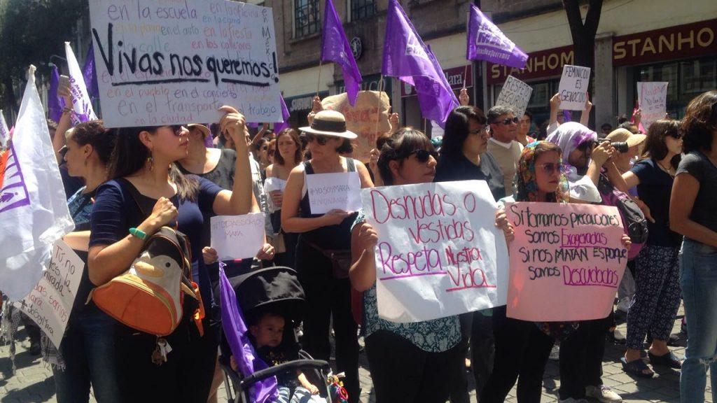 Señalan a presunto agresor sexual durante marcha por Mara
