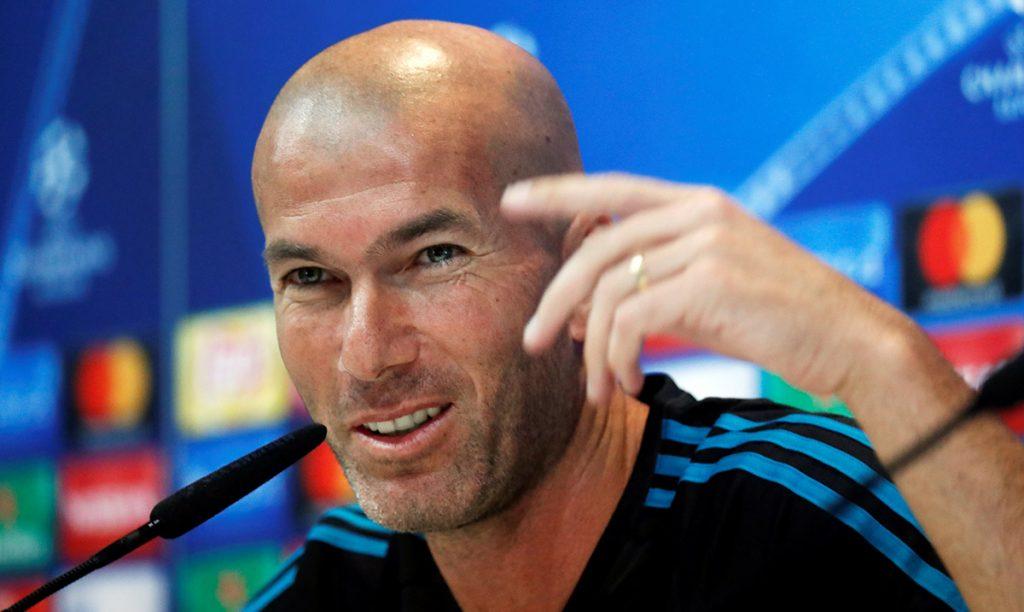 El técnico del Real Madrid, Zinedine Zidane, confirmó que ha renovado su contrato como estratega de los merengues.