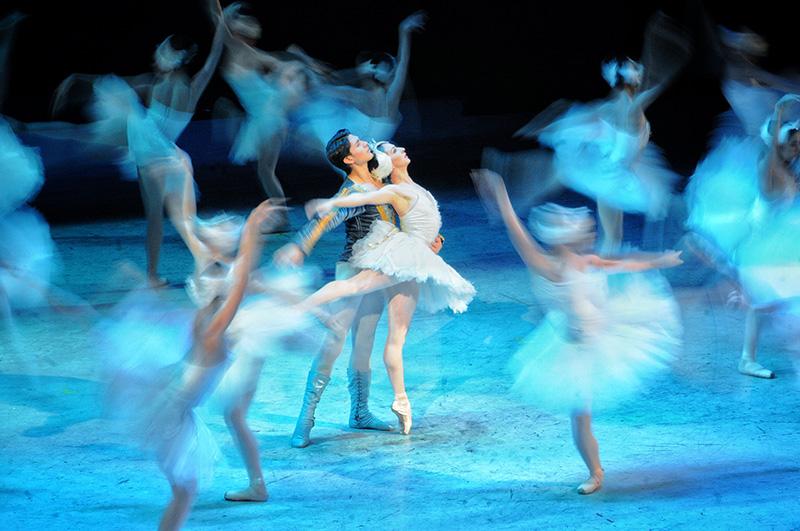El Lago de los Cisnes estrena temporada en Bellas Artes