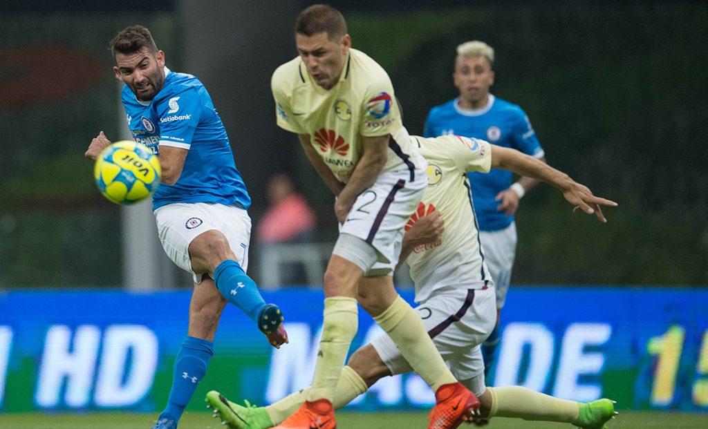 Tras la pausa por fecha FIFA se reanuda la Liga MX con el Cruz Azul-América, en el regreso del fútbol a la CDMX tras el sismo; Enrique Meza debuta en Puebla.