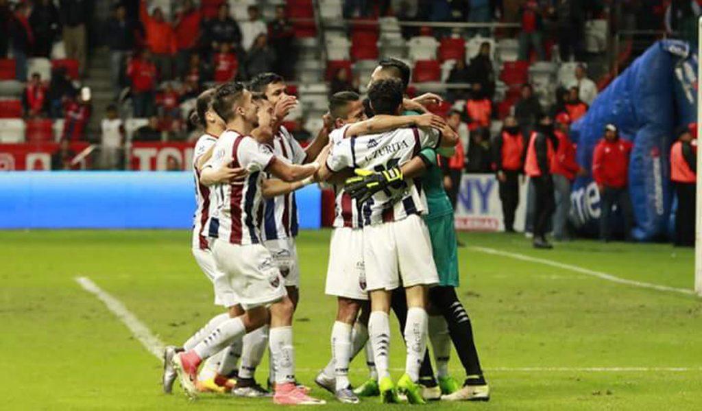 Atlante venció 5-3 a Toluca en penales, luego de un 1-1 en tiempo regular; Xolos hizo lo propio con Monarcas Morelia 4-2, luego de un buen 2-2 en los 90 minutos