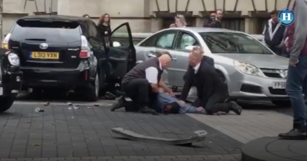 En Londres un auto arrolla a peatones y deja 11 heridos