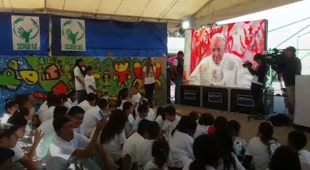 Teleconferencia del Papa con niños de Jojutla
