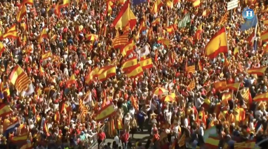 Miles marchan por la unidad de España