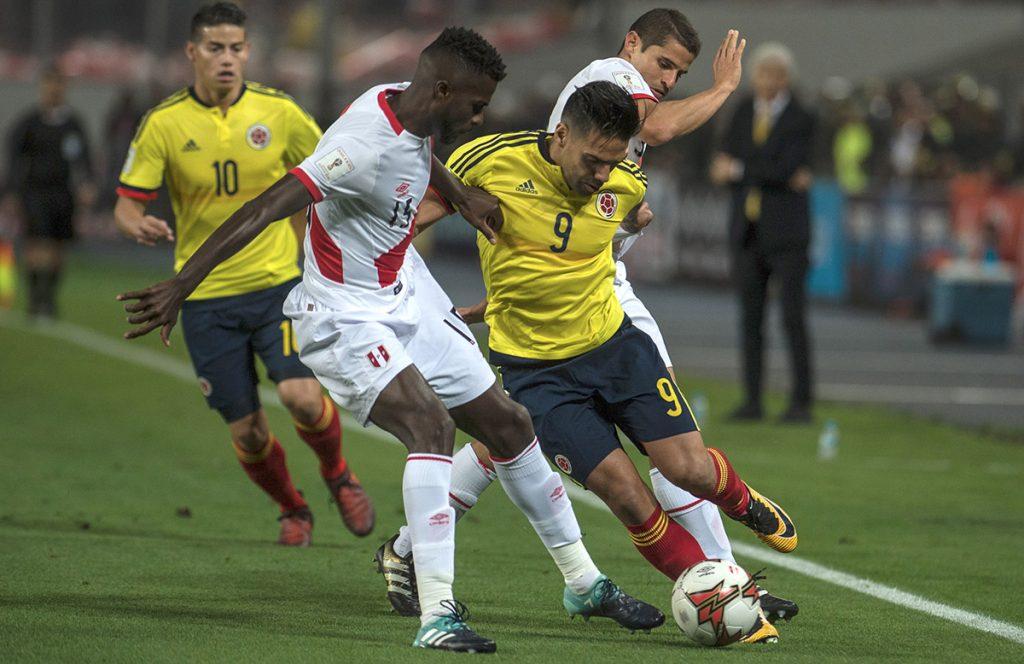 Jugadores de Perú reconocen que Radamel Falcao les comunicó que con el 1-1 ambos estaban dentro por eso decidieron no arriesgar en el tiempo agregado.