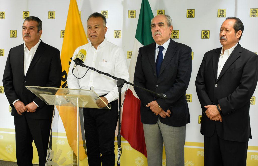 Raúl Morón, Carlos Sotelo, Pablo Gómez y Leonel Godoy expresaron su apoyo Andrés Manuel López Obrador en agosto. CUARTOSCURO.