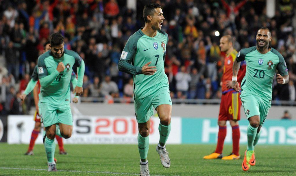 Cristiano Ronaldo vino desde el banquillo para encabezar la victoria 2-0 de Portugal sobre Andorra; los lusitanos se jugarán el boleto ante Suiza el martes