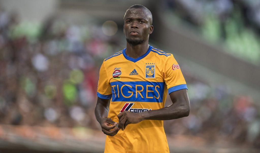 La Federación Ecuatoriana suspendió indefinidamente a 5 jugadores que se escaparon de la concentración antes del duelo contra Argentina; Enner Valencia de Tigres es uno de ellos.