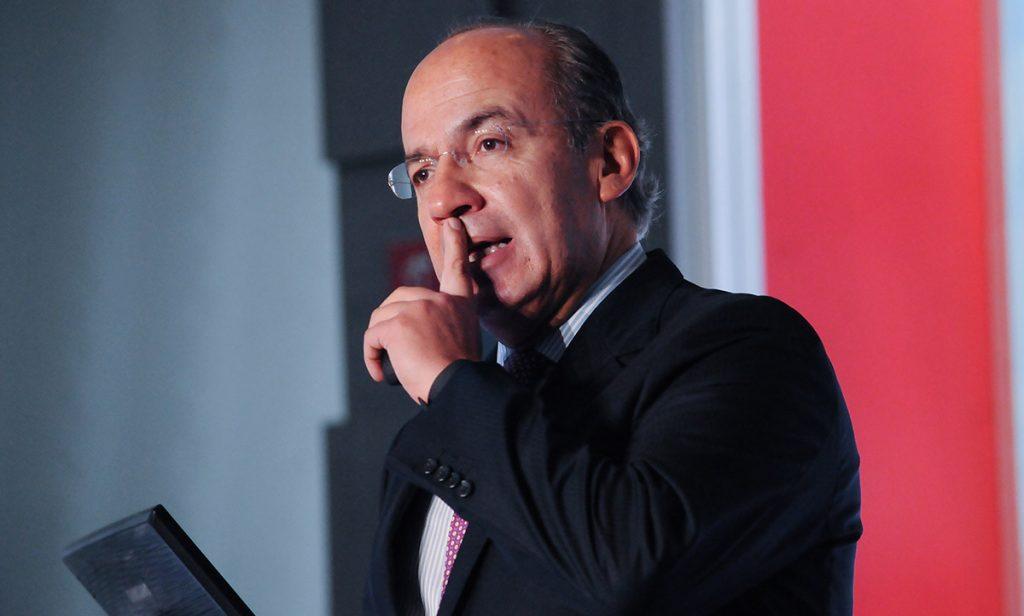Luego de la serie de acusaciones entre el dirigente nacional del PAN, Ricardo Anaya, y Margarita Zavala, en días pasados, el ex Presidente Felipe Calderón entró a la disputa.