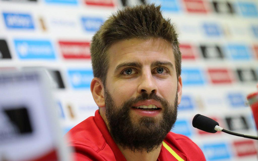 Gerard Piqué pidió terminar con rumores de que tiene mala relación con Sergio Ramos; asegura que un independentista puede jugar con la selección española.