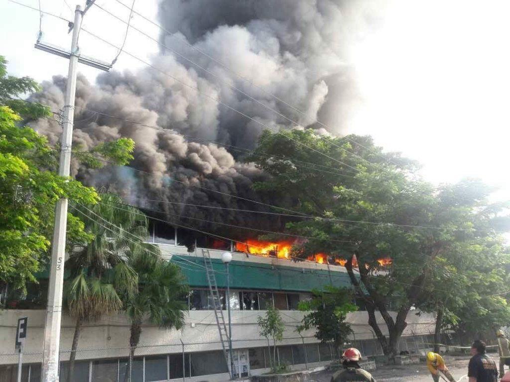 Incendian en Chiapas oficinas de Subsecretaría de Educación