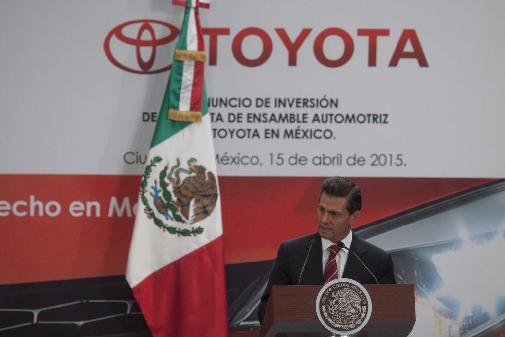 Enrique Peña Nieto encabezó el anunció de la nueva planta de ensamble automotriz de Toyota en Guanajuato. Archivo. CUARTOSCURO.