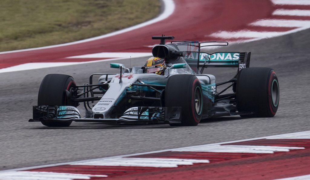 El inglés Lewis Hamilton fue el más rápido en los ensayos para el Gran Premio de Estados Unidos; Sergio Pérez acabó noveno
