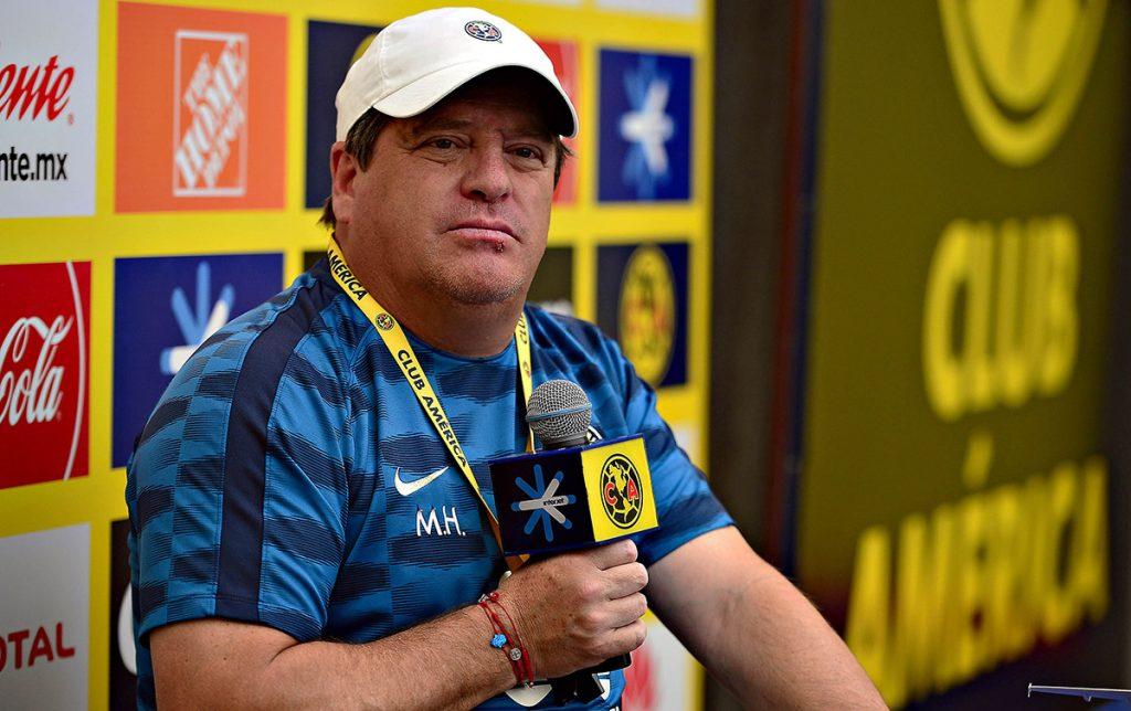 Para Miguel Herrera, técnico del América, el liderato general del Apertura es un objetivo, pero no es algo que preocupe porque en México no vale mucho