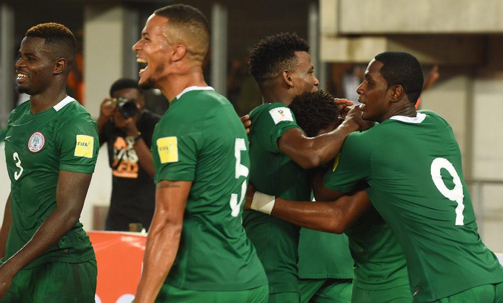 La selección de Nigeria venció 1-0 a Zambia y se convirtió en el primer equipo africano en clasificar a Rusia 2018.