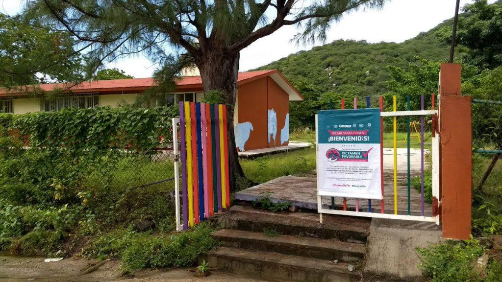 El Instituto Estatal de Educación Pública de Oaxaca (IEEPO) informó que todas las escuelas sin reportes de daño por sismos deben reanudar actividades este lunes