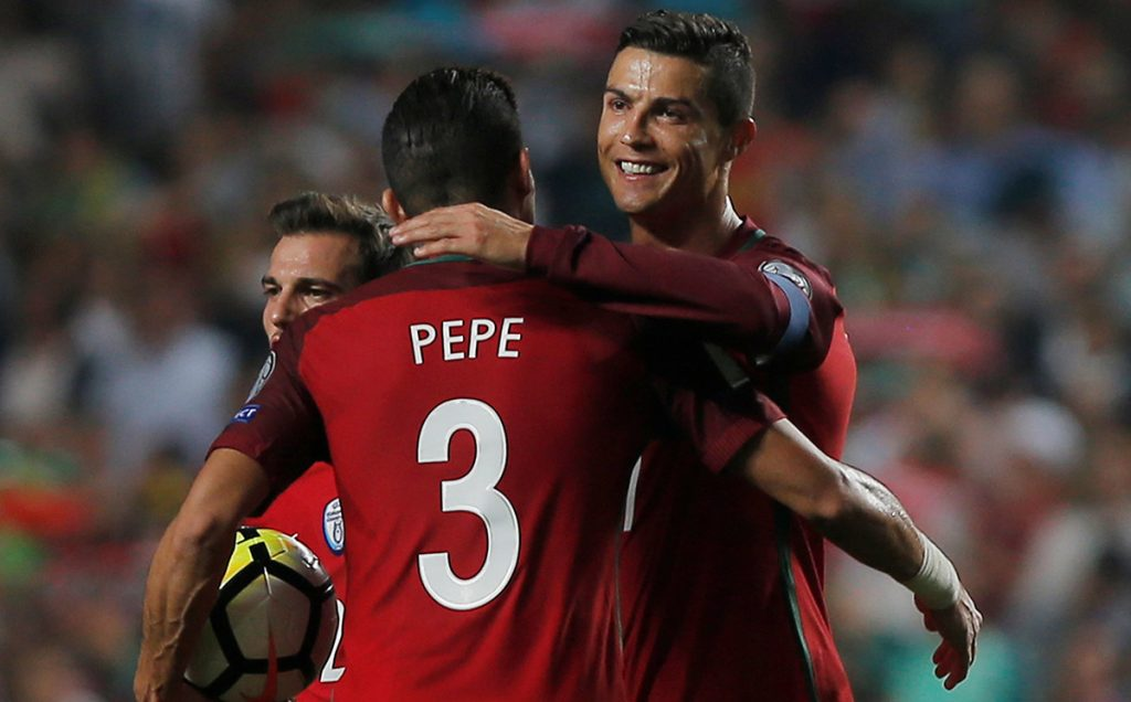 Portugal venció 2-0 a Suiza y obtuvo su boleto a Rusia; Francia saca apurada victoria 2-1 sobre Bielorrusia y clasificó al Mundial.