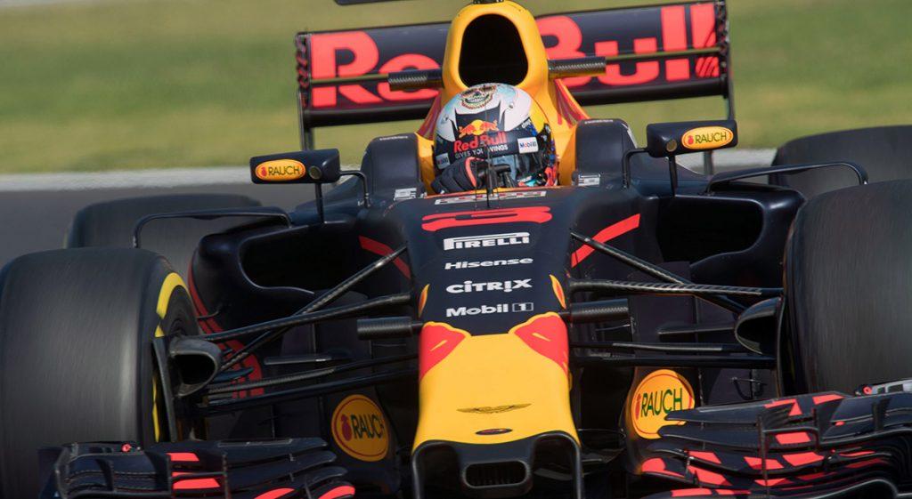 Con Daniel Ricciardo rompiendo la marca de la vuelta más rápida en el Autódromo Hnos. Rodríguez, el equipo Red Bull demuestra que es contendiente; Checo Pérez terminó octavo.