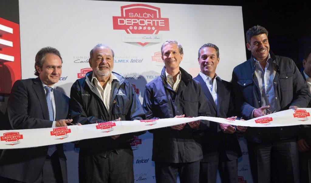 Carlos Slim y Alfredo del Mazo inauguraron en el Centro de Transferencia Modal Cuatro Caminos el Salón Deporte de la Fundación Carlos Slim.