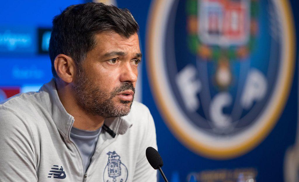 Sergio Conceiçao, técnico del Porto, tacho de 'absolutamente ridículo' el plan especial de trabajo que dio Juan Carlos Osorio a los seleccionados que militan en los Dragones.