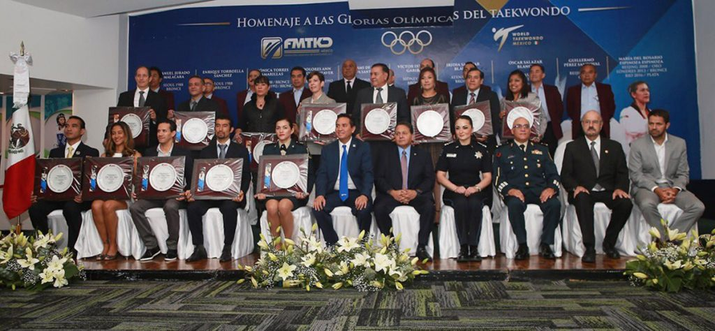 Víctor Estrada, Iridia y Óscar Salazar, Guillermo Pérez, María del Rosario Espinoza, entre otros, fueron galardonados por la Federación