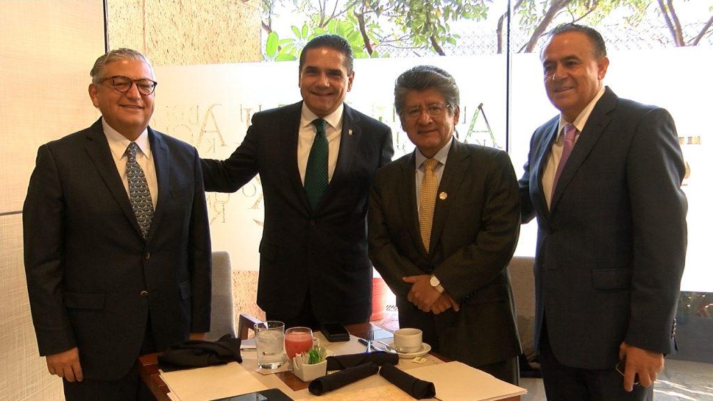 Se reúne Silvano Aureoles con diputados federales para gestionar recursos para Michoacán