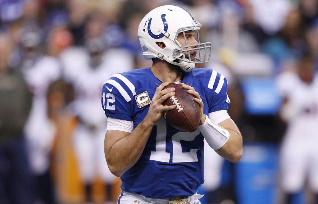 El quarterback de los Potros de Indianápolis fue enviado a la lista de reservas lesionados por una molestia en su hombro operado y no regresará en el 2017