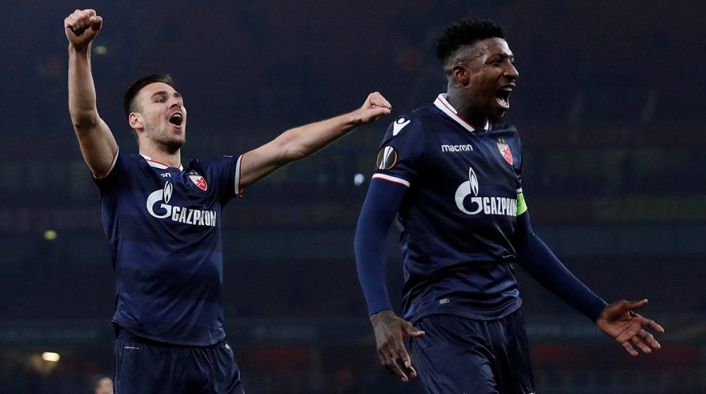 El Arsenal empató sin goles con Estrella Roja, mientras que Lazio venció 1-0 al Niza; ambos clubes, junto con Dinamo Kiev, Zenit y Steaua avanzaron