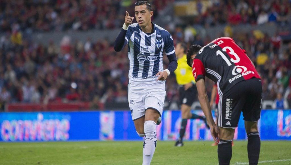 Rayados del Monterrey sacó el 2-1 del estadio Jalisco sobre un Atlas que logró emparejar las acciones cuando ya tenía dos goles en contra