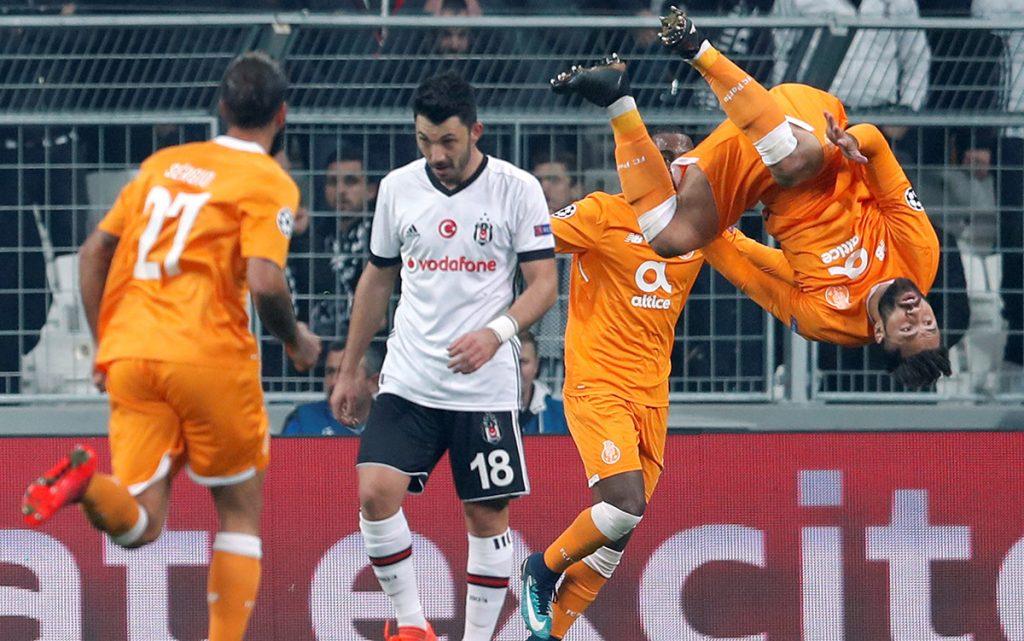 El Besiktas turco igualó 1-1 con el Porto y se clasificó a octavos como líder del Grupo G; Spartak dejó escapar el triunfo ante Maribor