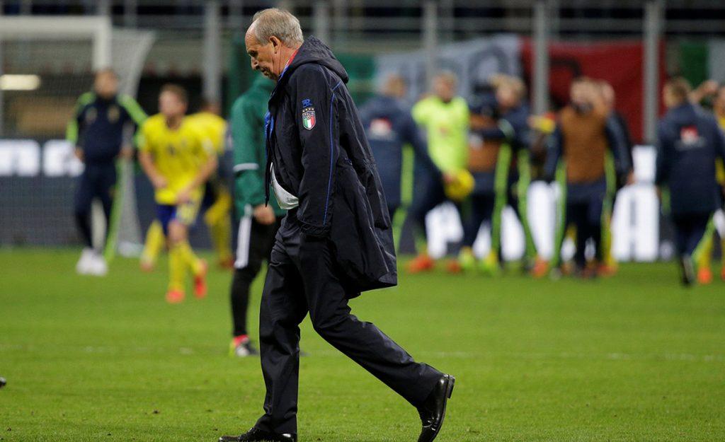 El técnico Gian Piero Ventura fue destituido tras la no clasificación de Italia al Mundial de Rusia; el estratega no quiso presentar su renuncia