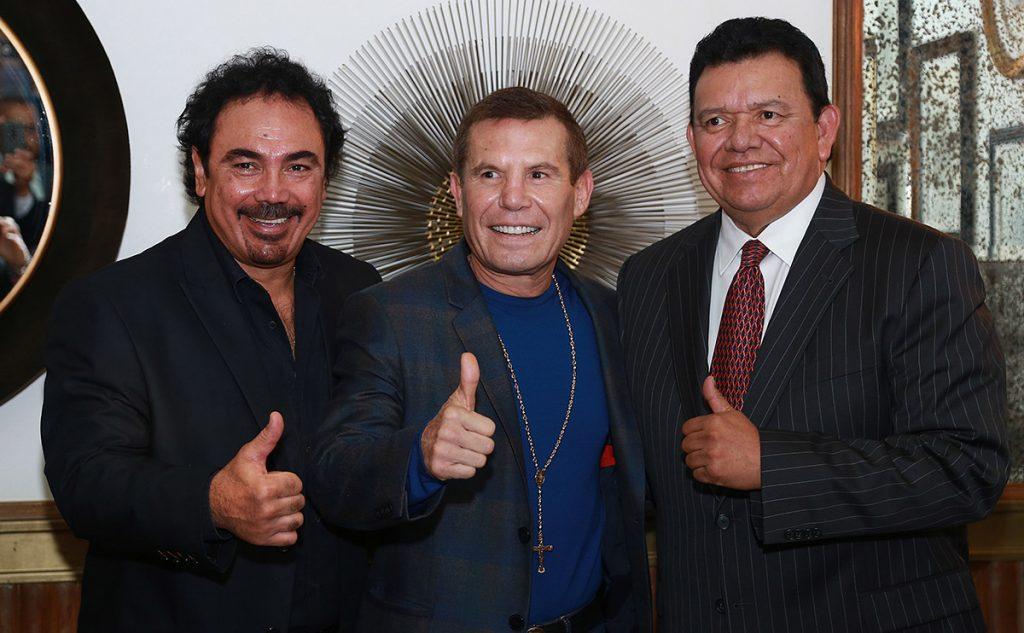 Hugo Sánchez, Julio César Chávez y Fernando Valenzuela, tres de los más grandes ídolos del deporte en México se reunieron a propósito del Congreso Beyond Sport