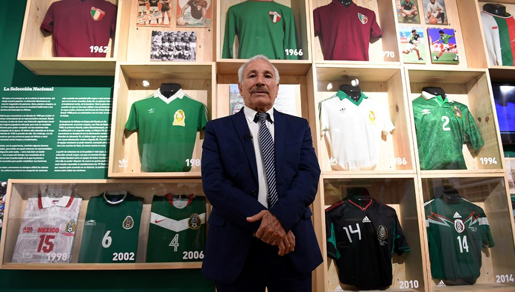 El Museo del Objeto presenta 11 décadas del fútbol en México en donde el patrimonio de un aficionado permiten dilatar la memoria