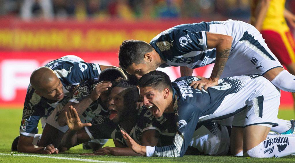 Con penalti marcado por Avilés Hurtado, Rayados del Monterrey venció 0-1 a Monarcas Morelia en el partido de ida de la semifinal