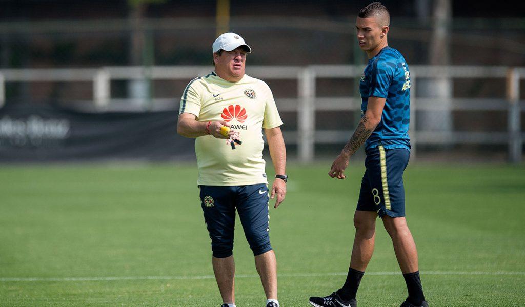 Miguel Herrera, técnico del América, reconoce que su equipo ha bajado en contundencia y por eso  los últimos descalabros ante Necaxa y Monterrey