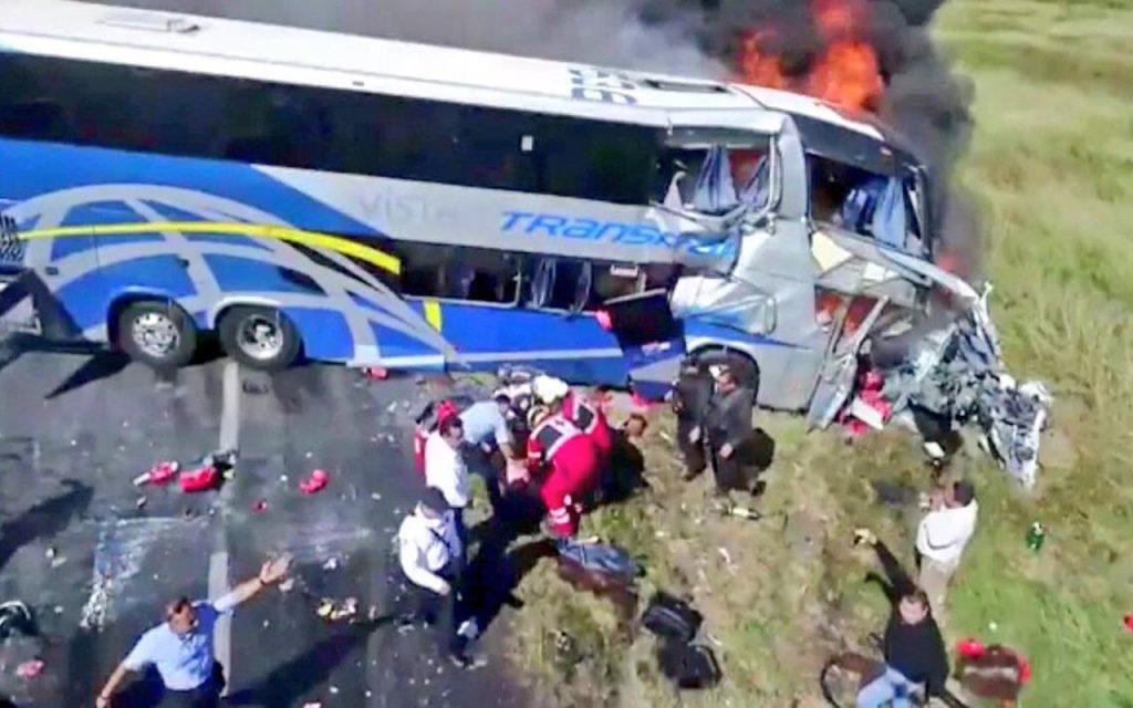 Choque brutal en autopista Cd. Victoria-Monterrey; reportan 4 muertos