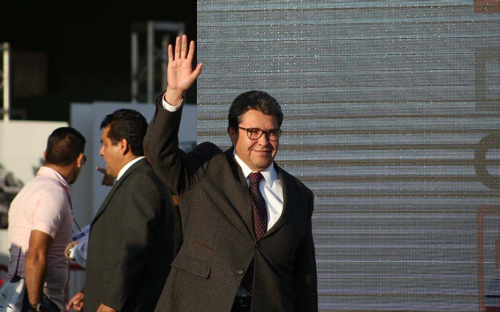 Ricardo Monreal se salva de dejar el cargo en Cuauhtémoc, por el momento
