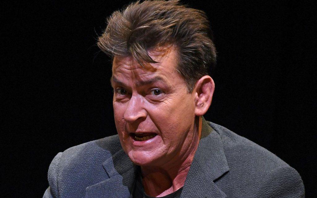 Charlie Sheen, acusado de tener sexo con menor de edad en 1986