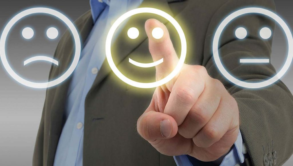 Evita cavar la tumba de tu negocio; aprende de tus clientes