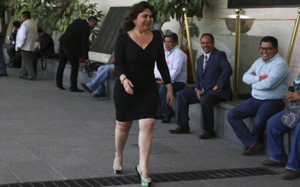 Ivonne Ortega, impedida de pagar sus cuotas en el PRI