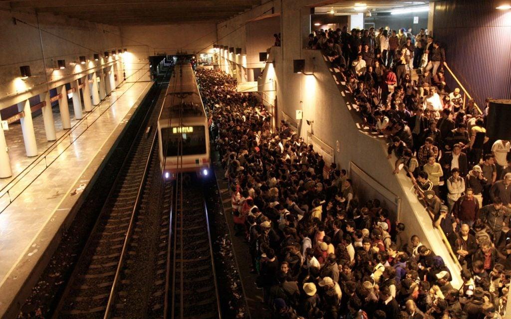 Detienen a sujeto por presunto abuso sexual en Metro Pantitlán