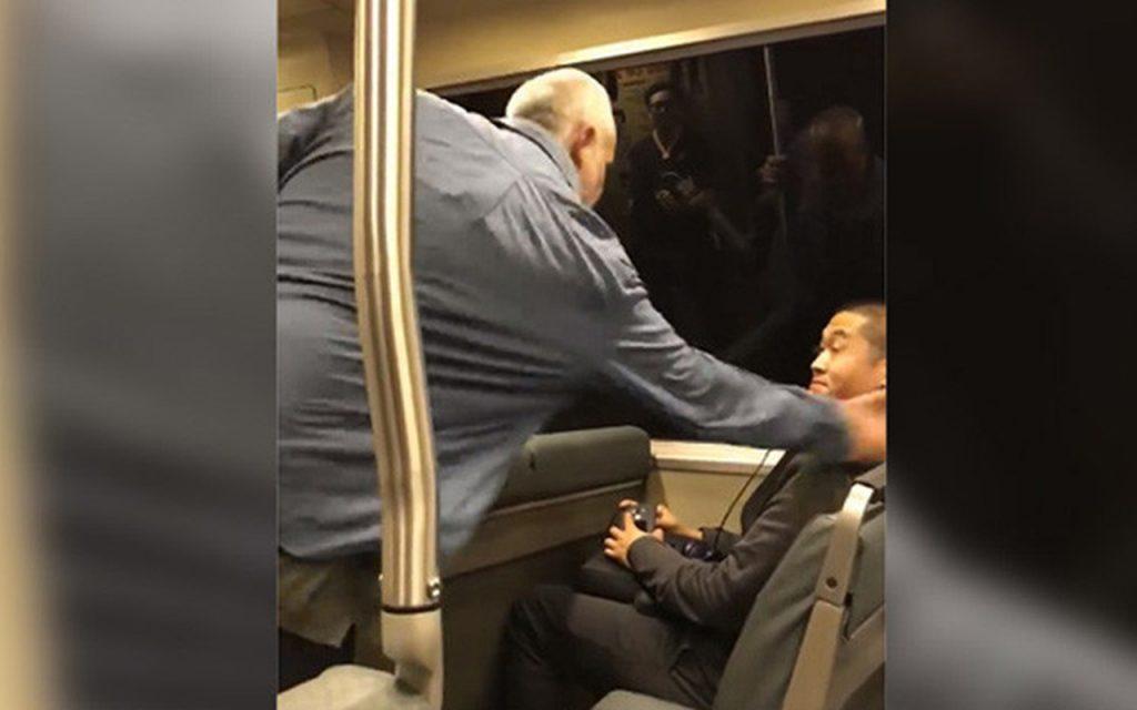 Hombre ataca a otro sujeto con insultos racistas en metro de San Francisco