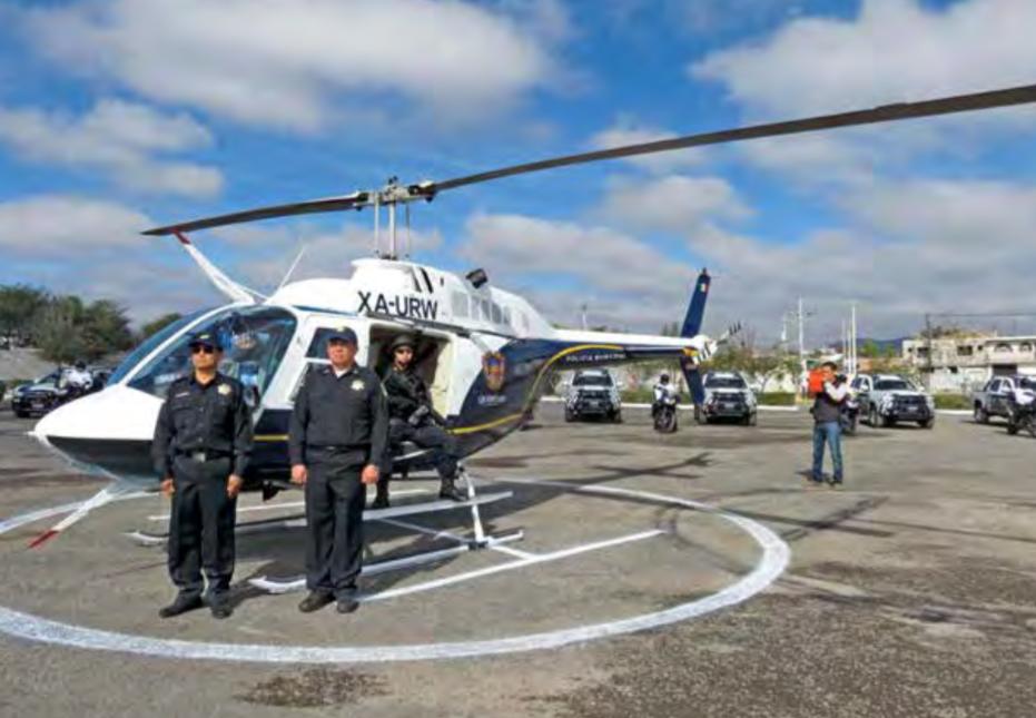 Sin licencia ni seguro, rentan helicóptero en Querétaro