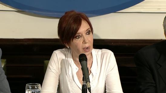 Orden de detención, viola Estado de derecho: Cristina Fernández