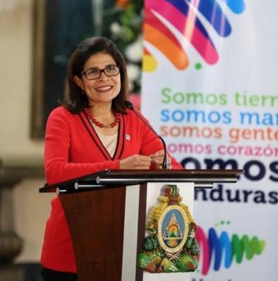 EPN lamenta trágico accidente aéreo que sufrió hermana de presidente hondureño