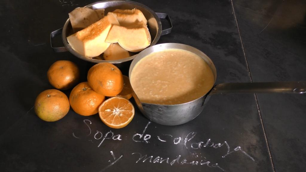Receta de sopa de calabaza y un toque de mandarina